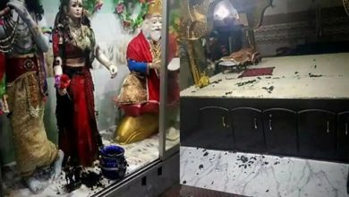 Photo of วัดฮินดูถูกทำลายในปากีสถานอีกครั้งการโจมตีครั้งที่สามใน Sindh |  ปากีสถาน: โล่ของชาวฮินดูที่อยู่ใกล้เคียงได้รับการช่วยเหลือจากผู้ก่อการจลาจล