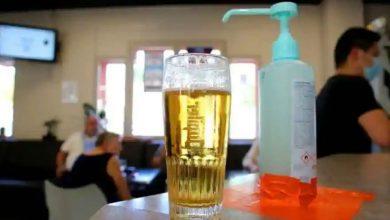 Photo of ชาวรัสเซียเสียชีวิต 7 คนหลังดื่มเจลทำความสะอาดมือในงานปาร์ตี้ |  Drunk Sanitizer เสียชีวิต 7 รายอาการโคม่า 2 รายหากไม่พบแอลกอฮอล์