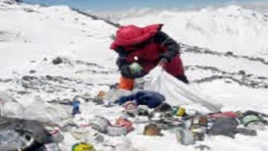 Photo of ของเสียจำนวนมากสะสมบนไมโครพลาสติก Mount Everest ที่พบด้านบนเป็นครั้งแรก  Everest, Mount Everest, ของเสียบน Mount Everest, microplastic,