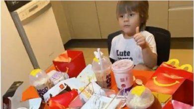 Photo of จะแปลกใจเมื่อเห็นว่าเด็ก 4 ขวบสั่งอาหารออนไลน์ 5,000 รูปี |  เด็ก 4 ขวบสั่งอาหารค่าอาหารจากโทรศัพท์แม่จะบินหนี