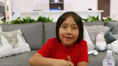 Photo of เด็ก 9 ขวบมีรายได้ 2 พันล้านรูปีจาก YouTube ในปี 2020 ทำวิดีโอของเล่น |  ในปี 2020 ผู้ใช้ YouTube รายนี้ได้รับเงินมากที่สุดอายุและรายได้จะบินไป