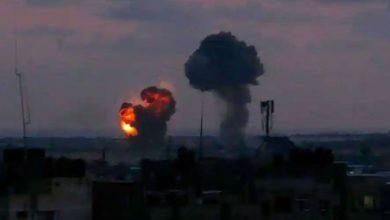 Photo of เครื่องบินไอพ่นของอิสราเอลโจมตีฉนวนกาซามุ่งเป้าไปที่การฝึกและเสาทางทหารของกลุ่มฮามาส |  อิสราเอลดำเนินการครั้งใหญ่ต่อฐานทัพของกลุ่มฮามาสที่ติดอาวุธในฉนวนกาซา