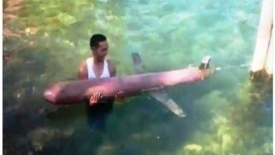 Photo of อินโดนีเซีย: ชาวประมงจับโดรนเรือดำน้ำของจีนใกล้หมู่เกาะเซลายาร์ |  จีนกำลังวางแผนสมคบคิดใหม่ในมหาสมุทรอินเดียหรือไม่?  ชาวประมงชาวอินโดนีเซียได้โดรนปราบเรือดำน้ำของจีน