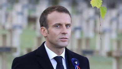 Photo of Emmanuel Macron ถูกโจมตีด้วยการใช้จ่ายมากกว่า $ 700,000 สำหรับดอกไม้ที่ Elysee Palace |  Emmanuel Macron ใส่ดอกไม้ 5 crore ใน Rashtrapati Bhavan สาธารณะของฝรั่งเศสเพื่อความฟุ่มเฟือย