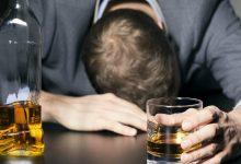 Photo of หลีกเลี่ยงการบริโภคอาหารที่มีแอลกอฮอล์ |  อย่ารับประทานสิ่งเหล่านี้ร่วมกับแอลกอฮอล์อาจเกิดอาการหัวใจวายได้