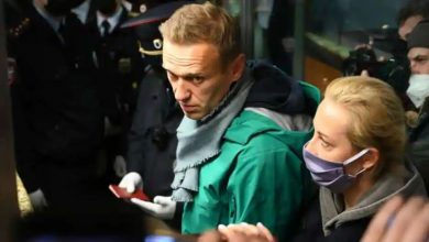 Photo of ศาลรัสเซียตัดสินให้เครมลินวิจารณ์อเล็กซี่นาวาลนีให้จำคุก 3.5 ปีการประท้วงเริ่มต้นในมอสโก |  รัสเซีย: Alex Navalny ถูกตัดสินจำคุกกล่าวว่า – ปูตินต้องการสร้างความหวาดกลัวให้กับคนนับล้านด้วยการส่งฉันเข้าคุก