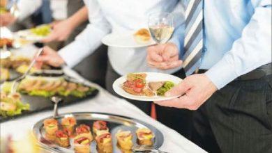 Photo of การกินเพื่อสุขภาพตลอดชีวิตขณะยืนเป็นนิสัยที่ไม่ดีต่อสุขภาพ pcup |  หากคุณกินอาหารด้วยความเร่งรีบหรือยืนก็ควรระวัง