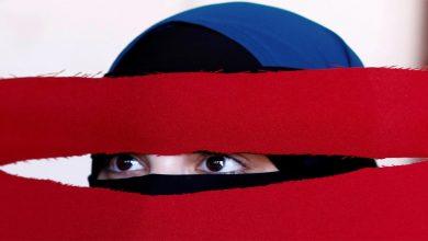 Photo of ชาวสวิสกลับเสนอให้แบน Burqa และปกปิดใบหน้าในที่สาธารณะ |  การลงประชามติเตรียมห้ามบูร์กาในสวิตเซอร์แลนด์ประชาชน 51 เปอร์เซ็นต์สนับสนุนการแบน