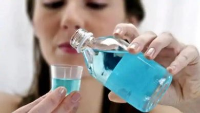 Photo of ประโยชน์และผลข้างเคียงของการใช้น้ำยาบ้วนปากทุกวัน |  รู้ทั้งข้อดีและข้อเสียก่อนใช้น้ำยาบ้วนปากทุกวัน