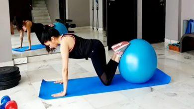 Photo of วิดีโอใหม่ของ bhagyashree การออกกำลังกายลูกบอลเสถียรภาพเพื่อความแข็งแรงของแกน |  วิธีออกกำลังกายด้วยยิมบอลเพื่อลดไขมันหน้าท้องเรียนรู้จาก Bhagyashree