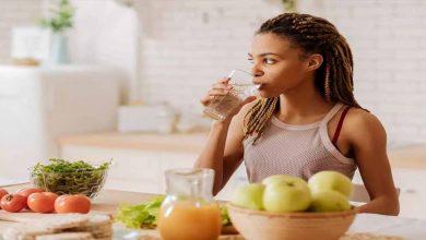 Photo of หลีกเลี่ยงการทำห้าสิ่งนี้ทันทีหลังอาหารกลางวันอาจส่งผลเสียต่อสุขภาพ |  หลีกเลี่ยงสิ่งเหล่านี้หลังอาหาร: หาก 5 อย่างนี้ทำงานทันทีหลังจากรับประทานอาหารแล้วสุขภาพจะได้รับอันตราย