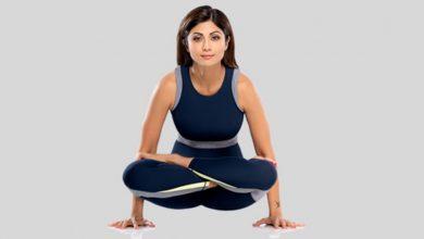 Photo of shilpa shetty บอกวิธีง่ายๆในการเล่นโยคะบนเรือเพื่อลดไขมันหน้าท้อง |  Shilpa Shetty Yoga: ต้องการลดไขมันหน้าท้องและฟิตเรียนรู้จาก Shilpa Shetty ถึงวิธีที่ถูกต้องในการแล่นเรือ