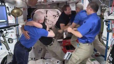 Photo of เหตุใดนักบินอวกาศที่ iss จึงไม่สวมหน้ากากเป็นแรงบันดาลใจข่าวล่าสุดของ coronavirus space |  นักบินอวกาศได้รับการต้อนรับอย่างอบอุ่นจากสถานีอวกาศนานาชาติผู้คนถามคำถามนี้เกี่ยวกับโคโรนา