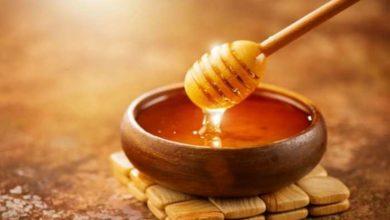 Photo of สำหรับอาการไอหรือเจ็บคอให้ใช้น้ำผึ้งผสมน้ำอุ่นแทนน้ำเชื่อม |  ประโยชน์ของน้ำผึ้ง: หากคุณมีอาการไอและเจ็บคออย่าใช้น้ำผึ้งผสมน้ำเชื่อมหากรับประทานควบคู่ไปด้วยคุณจะได้รับประโยชน์มากขึ้น