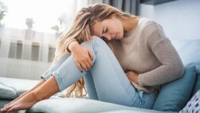 Photo of ปัญหาสุขภาพของผู้หญิงวิธีแก้ไขที่บ้าน heeng kishmis เพื่อบรรเทาอาการปวดประจำเดือนและปวดประจำเดือนกินอาหารเหล่านี้เพื่อบรรเทาอาการปวด  หากต้องการกำจัดอาการปวดประจำเดือนทันทีอย่าใช้ยาแก้ปวดทำตามวิธีการรักษาที่บ้านเหล่านี้เพื่อบรรเทาอาการ