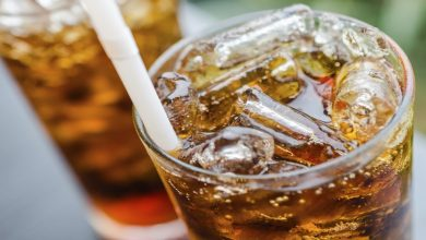 Photo of เครื่องดื่มเย็น โซดา น้ำตาลอ่อน ข้อเสียต่อสุขภาพของมนุษย์ อันตรายมาก ข่าวล่าสุด ngmp |  คุณคงไม่รู้เกี่ยวกับข้อเสียเหล่านี้ของเครื่องดื่มเย็นๆ!  ถ้ารู้วันนี้จะหยุดดื่ม