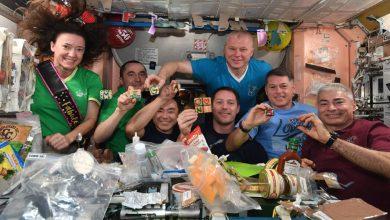 Photo of ปาร์ตี้ไอศกรีมในอวกาศครั้งแรก นักบินอวกาศหญิงฉลองวันเกิดครบ 50 ปีแบบนี้